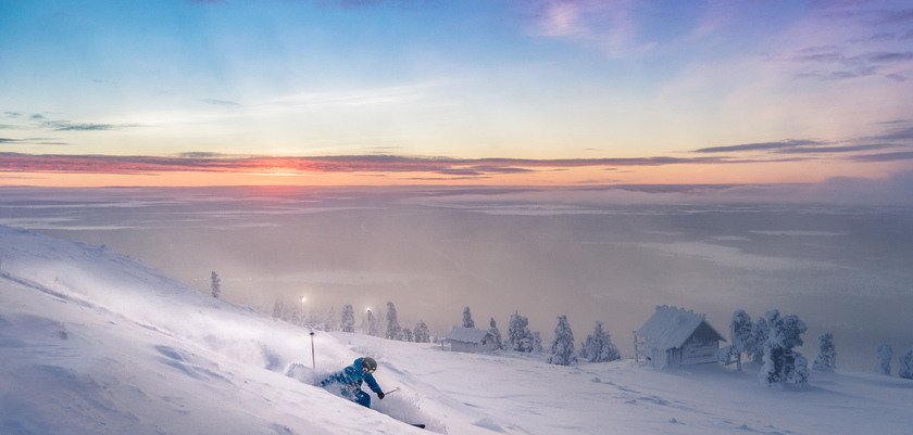 Levi_Skiing3.jpg